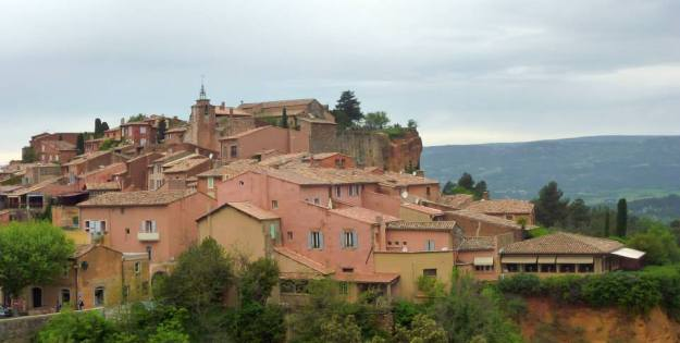 "Roussillon, the ""Colorado of Provence"", was one of the many local sites we visited with our hosts in Avignon"