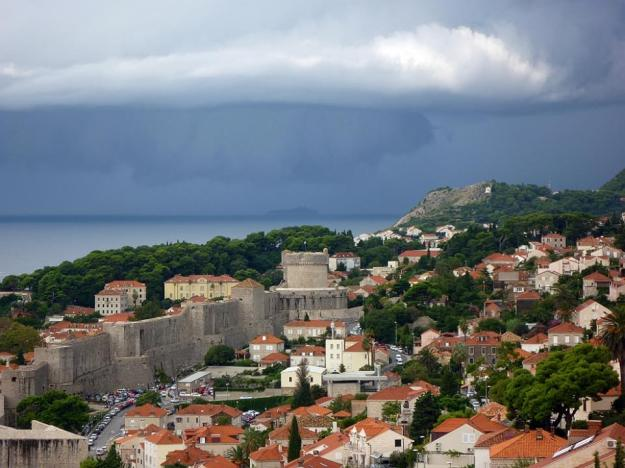 This storm over the Dalmatian Islands later deluged Dubrovnik, turning the stairs to cataracts.